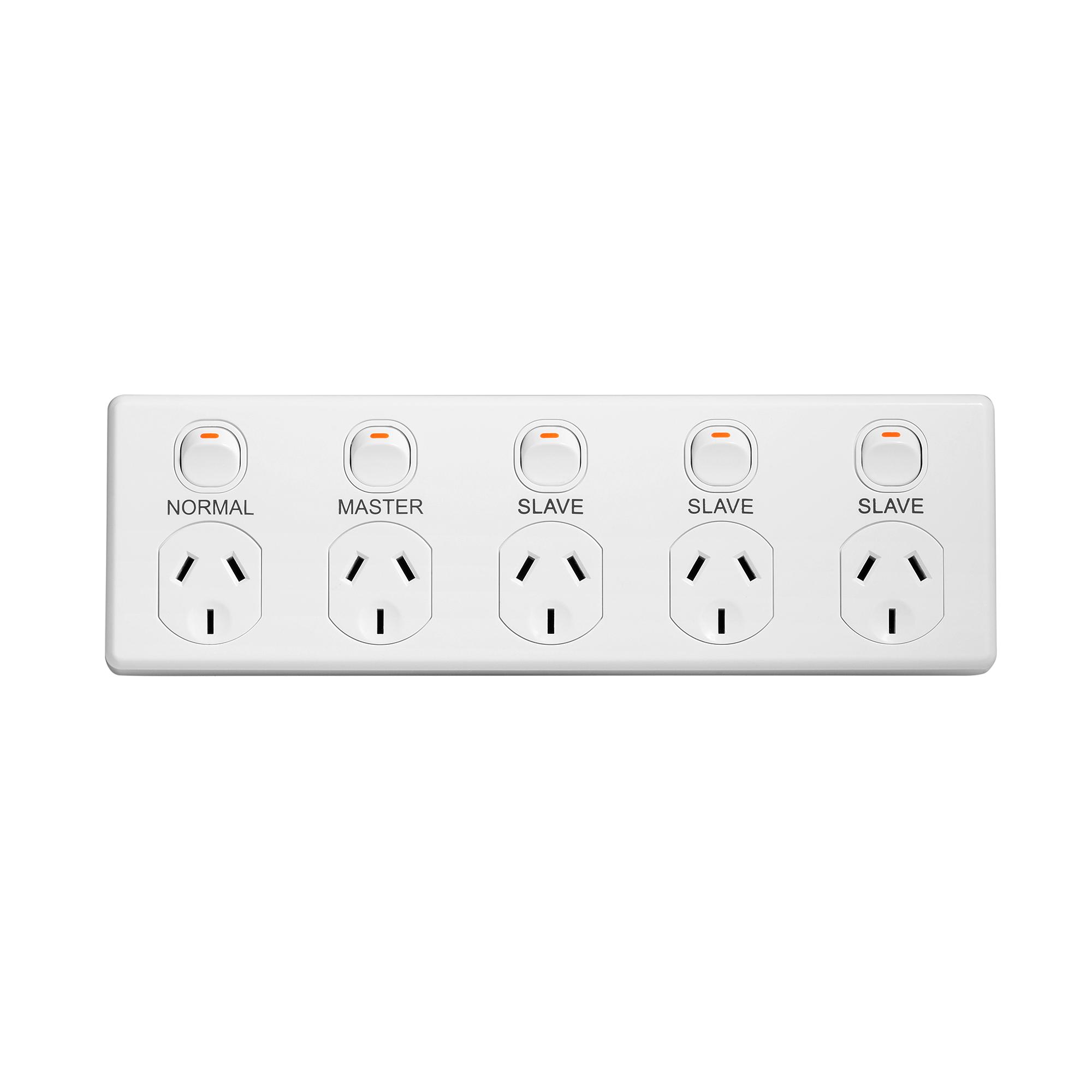 Master/slave five outlet